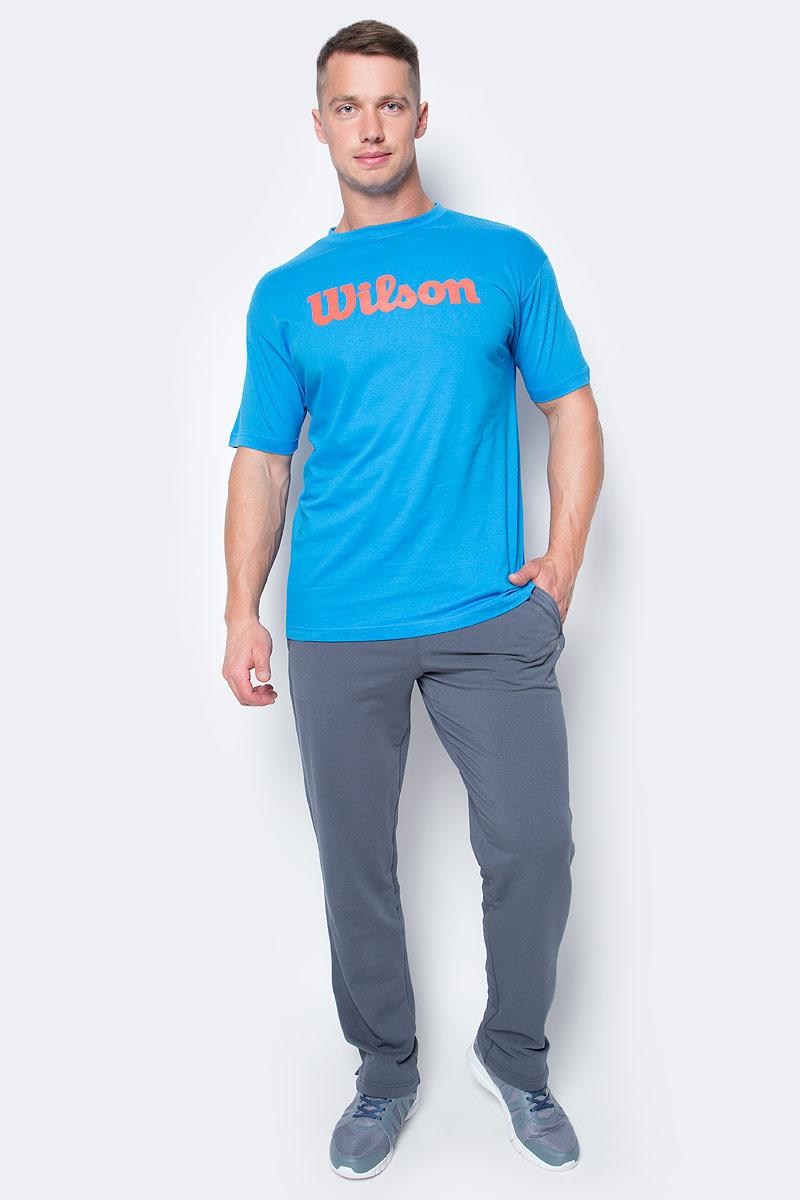Футболка для тенниса мужская Wilson Script Cotton Tee, цвет: голубой. WRA747803. Размер XXL (58)WRA747803Тренировочная футболка с логотипом Wilson. Спортивный крой для оптимального комфорта. Модель выполнена с круглой горловиной и короткими рукавами.