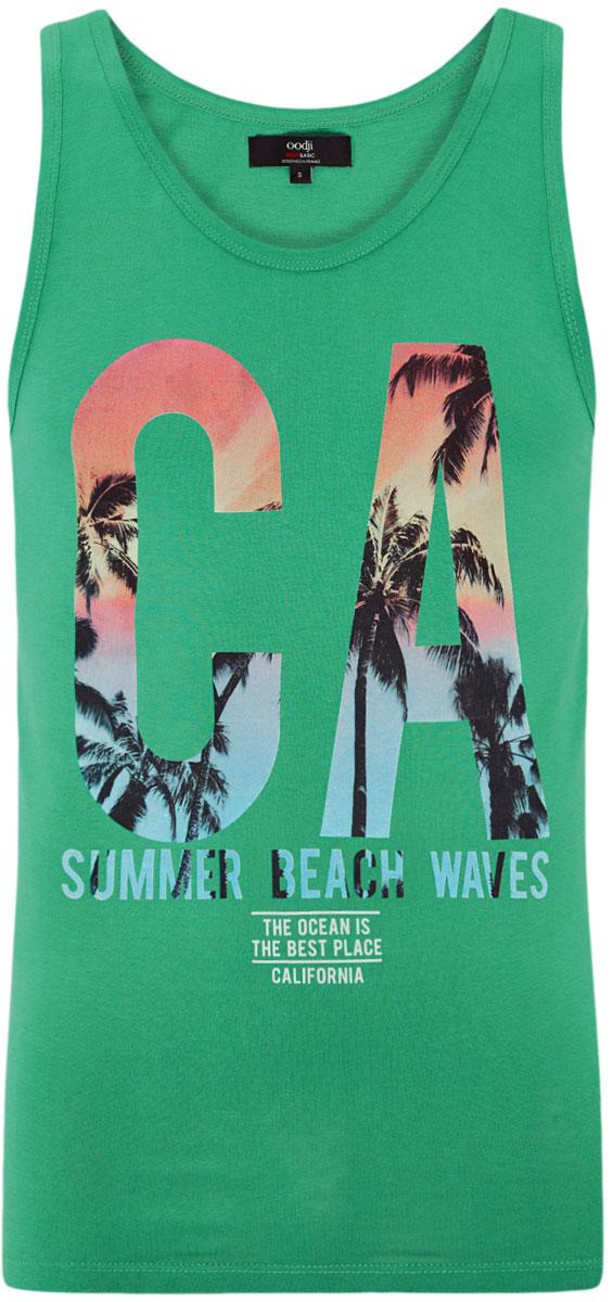 Майка мужская oodji Lab, цвет: зеленый. 5L710004I/44133N/6573P. Размер S (46/48)5L710004I/44133N/6573PМужская майка oodji Basic с круглым вырезом горловины выполнена из натурального хлопка. Модель украшена принтом с изображением пальм и надписью CA. Summer Beach Waves. The Ocean Is The Best Place. California.
