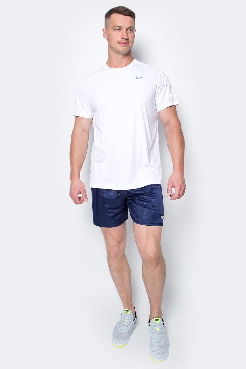 Шорты мужские Nike Academy Jaquard, цвет: темно-синий. 651529-410. Размер L (50/52)651529-410Мужские шорты Nike Academy Jaquard выполнены из полиэстера с технологией Dri-FIT, выводящей лишнюю влагу с поверхности кожи. Свободный крой и пояс на эластичной резинке обеспечат комфорт.