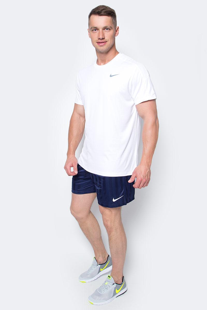 Футболка мужская Nike Team Court Crew, цвет: белый. 644784-104. Размер M (46/48)644784-104Мужская футболка Team Court Crew от Nike изготовлена из ультрамягкой ткани Dri-Fit. Ткань Dri-Fit обеспечивает воздухопроницаемость и комфорт. Модель с круглым вырезом горловины и короткими рукавами оформлена фирменным логотипом.