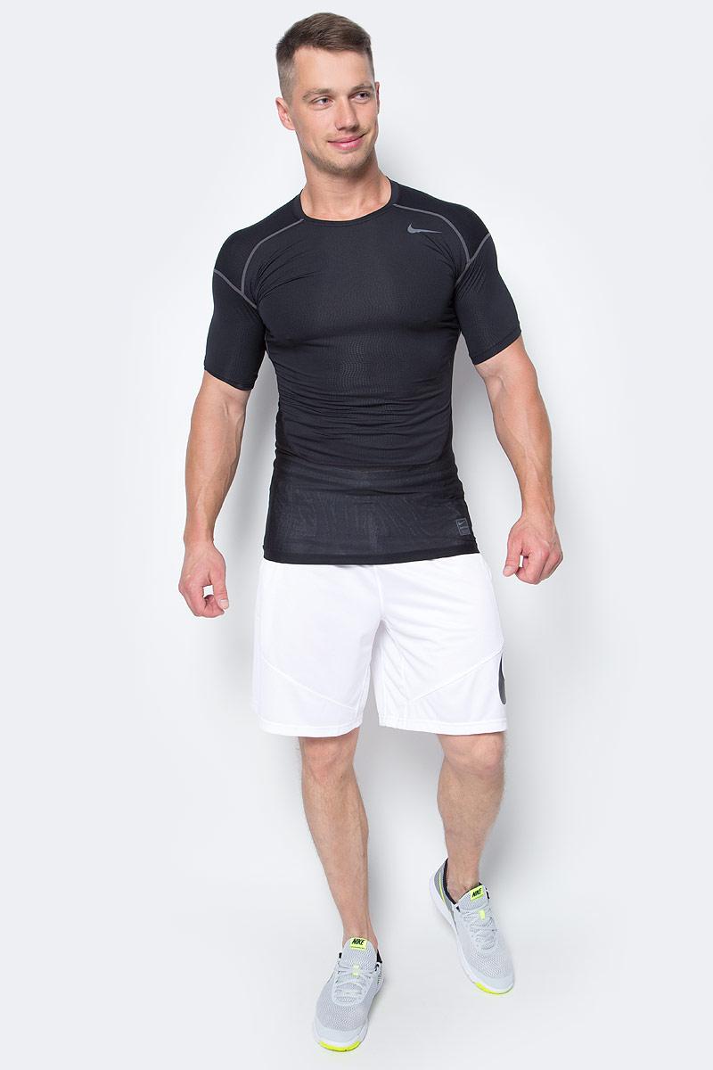 Футболка мужская Nike Hypercool Comp SS CRW, цвет: черный. 801235-010. Размер XL (52/54)801235-010Футболка Hypercool Comp SS CRW от Nike выполнена из тонкого трикотажа с применением технологий Dri-FIT и Hypercool. Благодаря данным технологиям поддерживается оптимальная температура тела, излишняя влага выводится на поверхность для быстрого испарения. Для дополнительной вентиляции и защиты от перегрева в критических зонах использованы сетчатые вставки. Плоские швы и удлиненная спинка обеспечат комфорт.