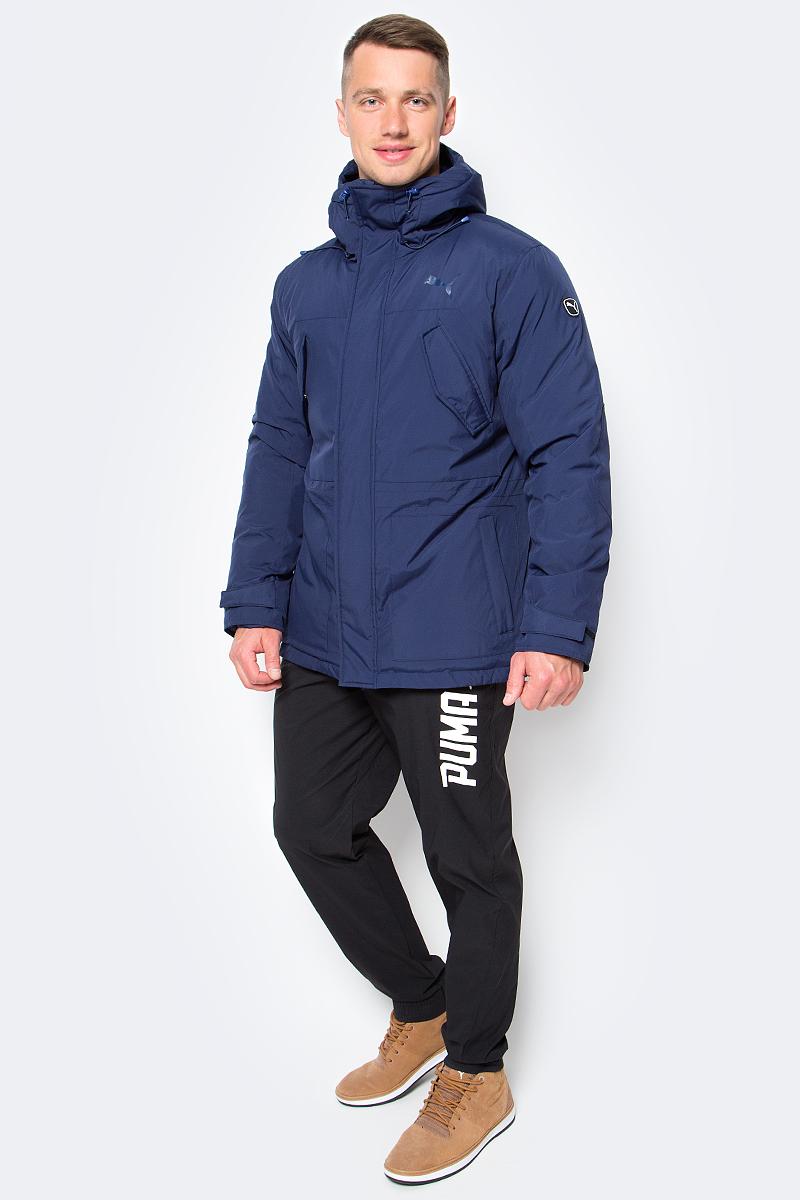 Куртка мужская Puma Style Hd Mid Down Jacket, цвет: синий. 83866006. Размер L (50)838660_06Куртка Puma выполнена из гладкого текстиля. Модель прямого кроя с натуральным утеплителем из пуха и пера. Модель декорирована логотипом PUMA, нанесенным методом глянцевой печати, а также силиконовой эмблемой PUMA. Среди других отличительных особенностей модели - капюшон изменяемой формы с затягивающимися шнурами, снабженными стопорами, ветрозащитный клапан на липучке и наращенный спереди ворот, надежно закрывающий шею и подбородок, скрытый карман для электронных устройств на молнии с прорезиненной петлицей и эластичной петлей для регулировки длины провода наушников под ветрозащитным клапаном, нагрудные карманы с клапаном, застегивающиеся на кнопку, боковые карманы на молнии, манжеты на застежке-липучке, петля для вешалки, висячий ярлык с указанием состава наполнителя (упругость пуха 600, соотношение пух/перо 90/10, что является показателем наполнителя экстра-класса).