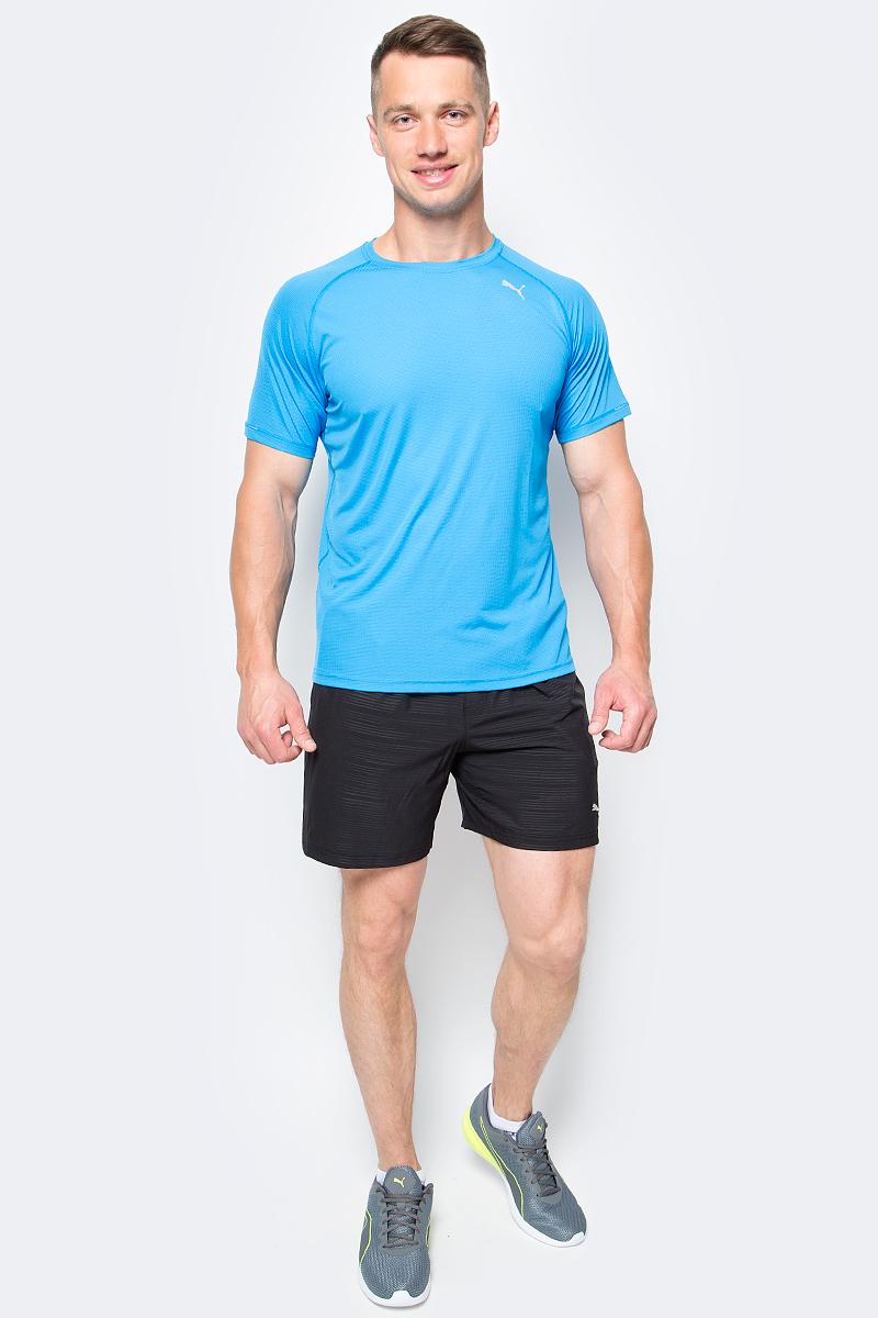 Футболка для бега мужская Puma Core-Run S/S Tee, цвет: лазурный. 515008_04. Размер S (44/46)515008_04Футболка Core-Run S/S Tee изготовлена с использованием высокофункциональной технологии dryCELL, которая отводит влагу, поддерживает тело сухим и гарантирует комфорт во время активных тренировок и занятий спортом. Легкий супердышащий материал изделия прекрасно держит форму и обеспечивает полный комфорт. Логотип и другие декоративные элементы, в том числе петлица сзади на горловине выполнены из светоотражающего материала и позаботятся о вашей безопасности в темное время суток. Плоские швы не натирают кожу и обеспечивают непревзойденный комфорт.