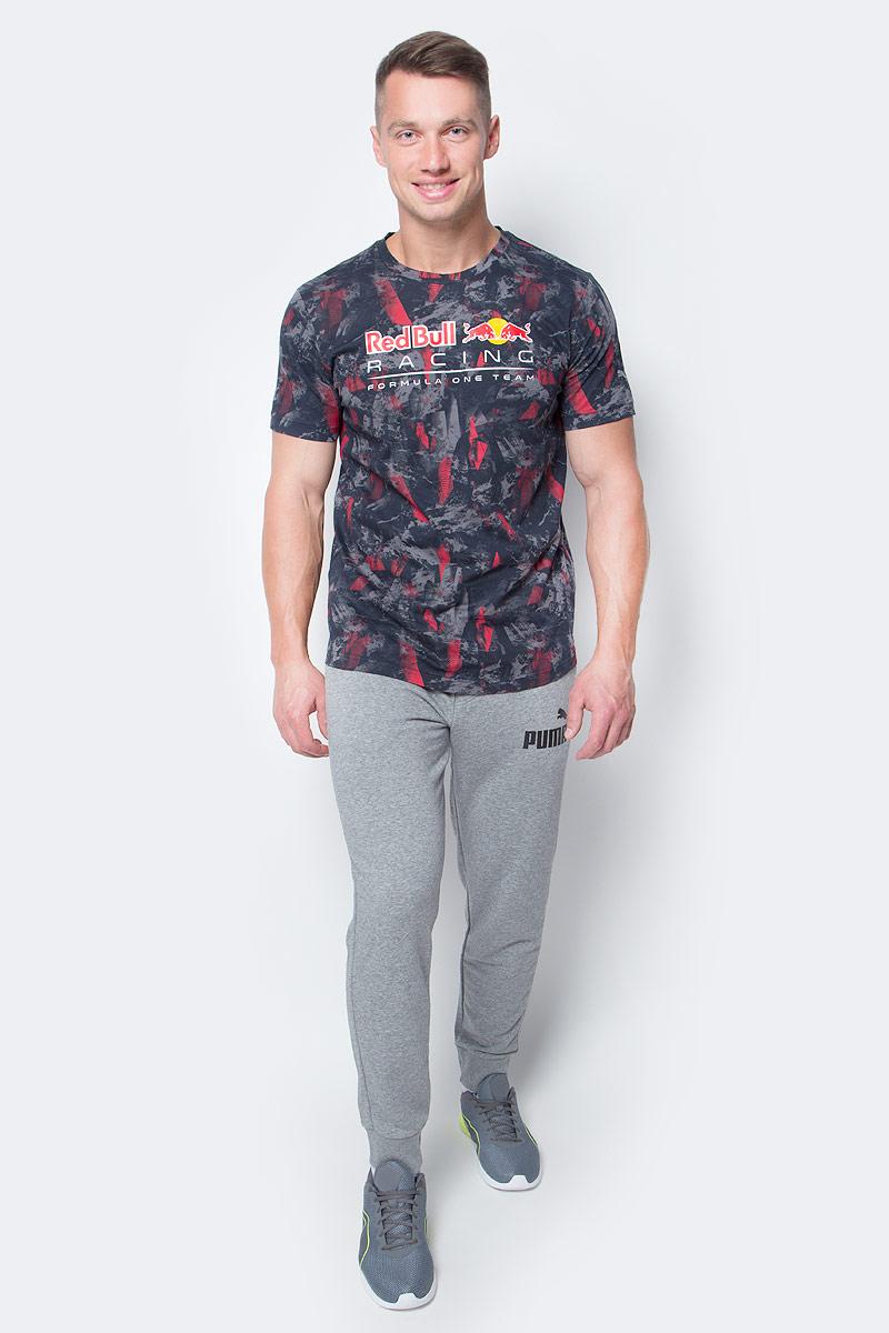 Брюки спортивные мужские Puma ESS No.1 Sweat PantsTR cl, цвет: серый. 838265_03. Размер S (44/46)838265_03Мужские спортивные брюки ESS No.1 Sweat Pants TR cl изготовлены из хлопка с добавлением полиэстера. Среди отличительных особенностей изделия - пояс с продернутыми затягивающимися шнурами, карманы в швах, нашитая сверху задняя кокетка для лучшей посадки по фигуре, а также отделка манжет по низу штанин трикотажем в резинку. Брюки декорированы прорезиненным логотипом PUMA.