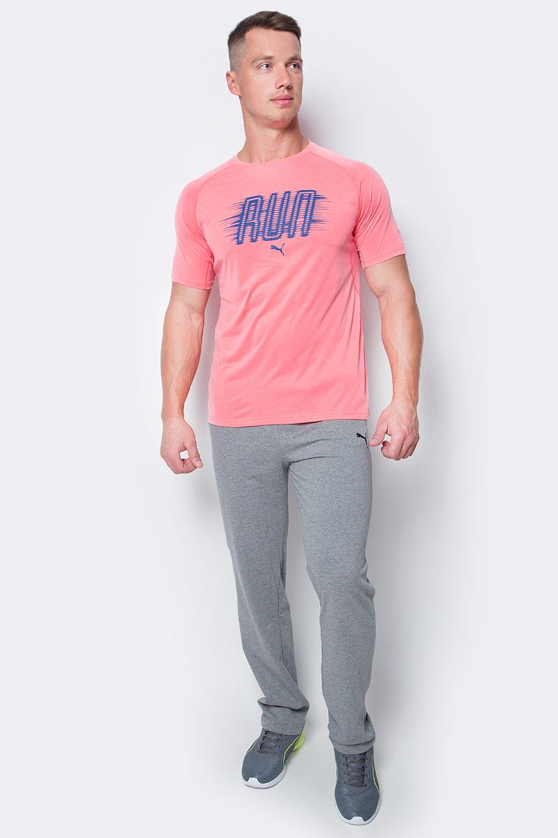 Брюки спортивные мужские Puma ESS Jersey Pants, Op., цвет: серый. 83826703. Размер L (48/50)838267_03Спортивные брюки Puma выполнены из тонкой хлопковой ткани. Модель прямого кроя декорирована вышитым логотипом Puma. Среди других отличительных особенностей изделия - пояс из его основного материала с продернутым затягивающимся шнуром, карманы в швах, а также нашитая сверху задняя кокетка для лучшей посадки по фигуре.