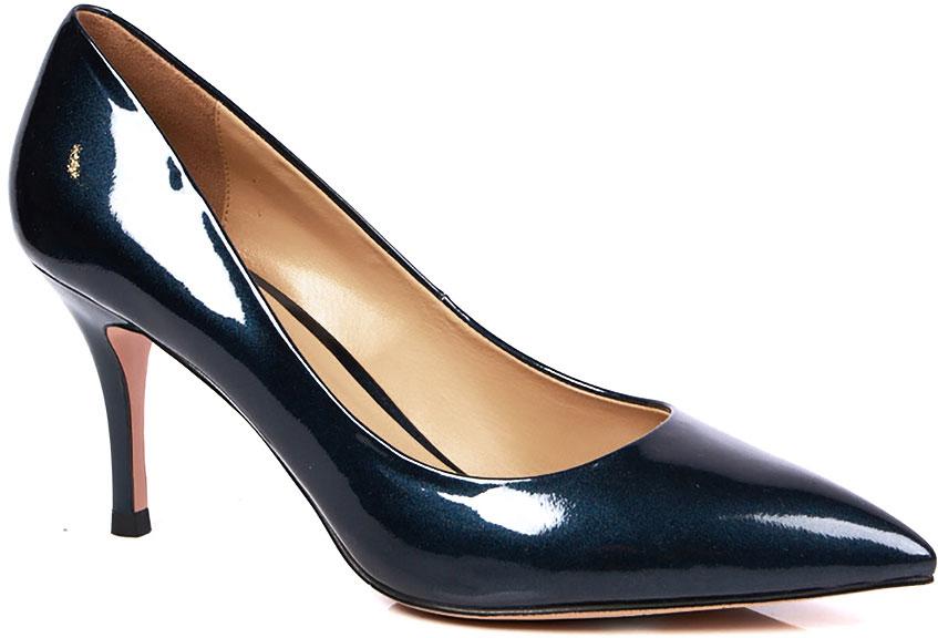 Туфли женские Vitacci, цвет: синий. 49380. Размер 3849380Элегантные женские туфли-лодочки от Vitacci выполнены из натуральной лаковой кожи. Внутренняя поверхность и стелька изготовлены из натуральной кожи, а подошва - из прочного термополиуретана. Модель имеет заостренный мысок и невысокий устойчивый каблук-шпильку.