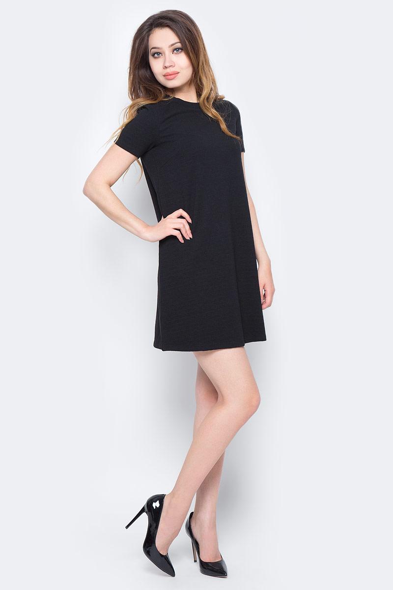 Платье Sela, цвет: черный. Dks-317/1158-7310. Размер XS (42)Dks-317/1158-7310Лаконичное женское платье Sela выполнено из качественного фактурного трикотажа. Модель А-силуэта с короткими рукавами и круглым вырезом горловины подойдет дляпрогулок и дружеских встреч и станет отличным дополнением гардероба. Мягкая ткань на основе полиэстера, хлопка и эластана комфортна и приятна на ощупь и хорошо тянется.