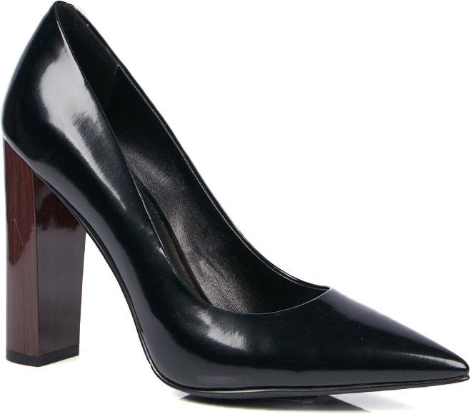 Туфли женские Vitacci, цвет: черный. 94415. Размер 3994415Элегантные женские туфли от Vitacci выполнены из натуральной лаковой кожи. Внутренняя поверхность и стелька изготовлены из натуральной кожи, а подошва - из прочного термополиуретана. Модель имеет острый мысок и высокий устойчивый каблук-столбик с рисунком под дерево.
