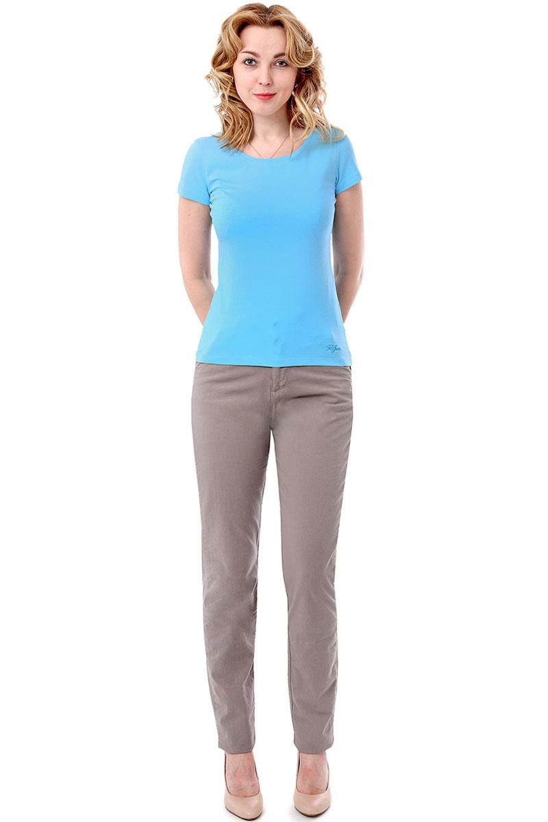 Футболка женская F5, цвет: голубой. 170068_12380/F5/P. Размер M (46)170068_12380/F5/P, TR Porte, blueЖенская футболка F5, изготовленная из качественного материала, поможет создать модный образ и станет отличным дополнением к повседневному гардеробу. Модель оформлена вышитым логотипом бренда.