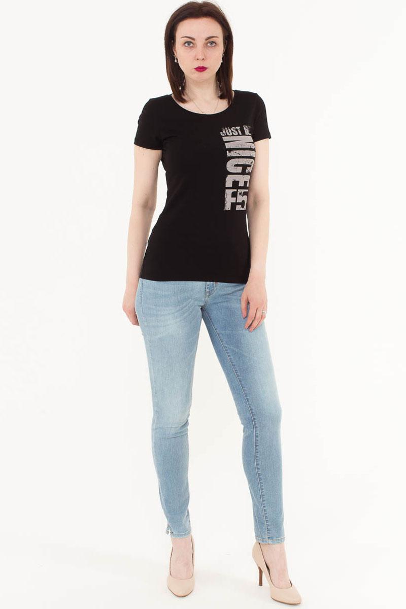 Футболка женская F5, цвет: черный. 170070_12380. Размер S (44)170070_12380/Nice, TR Porte, blackЖенская футболка F5, изготовленная из качественного материала, поможет создать модный образ и станет отличным дополнением к повседневному гардеробу. Модель оформлена оригинальным принтом.