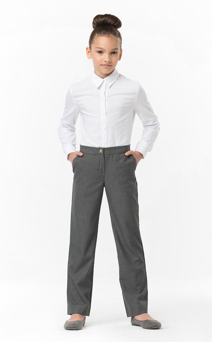 Брюки для девочки Смена, цвет: серый. 16с516. Размер 122/12816с516Брюки для девочки от бренда Смена выполнены из смесовой вискозы. Модель прямого кроя с посадкой на талии. По бокам брюки дополнены втачными карманами. Такие брюки прекрасно дополнят школьный гардероб вашего ребенка.
