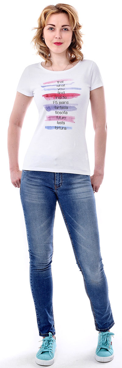Футболка женская F5, цвет: белый. 170080_12380. Размер M (46)170080_12380/Five, TR Porte, whiteЖенская футболка F5, изготовленная из качественного материала, поможет создать модный образ и станет отличным дополнением к повседневному гардеробу. Модель оформлена оригинальным принтом.