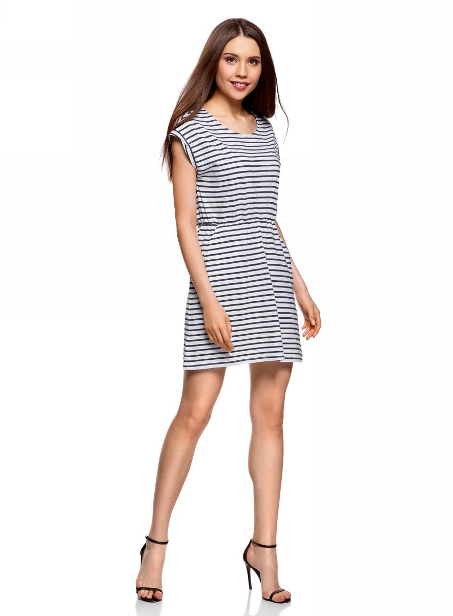 Платье oodji Ultra, цвет: белый, темно-синий. 14008019B/45518/1079S. Размер L (48)14008019B/45518/1079SТрикотажное платье с карманами oodji изготовлено из качественного натурального хлопка. Модель выполнена с круглым вырезом и короткими рукавами. Платье-мини на талии собрано на внутреннюю резинку.