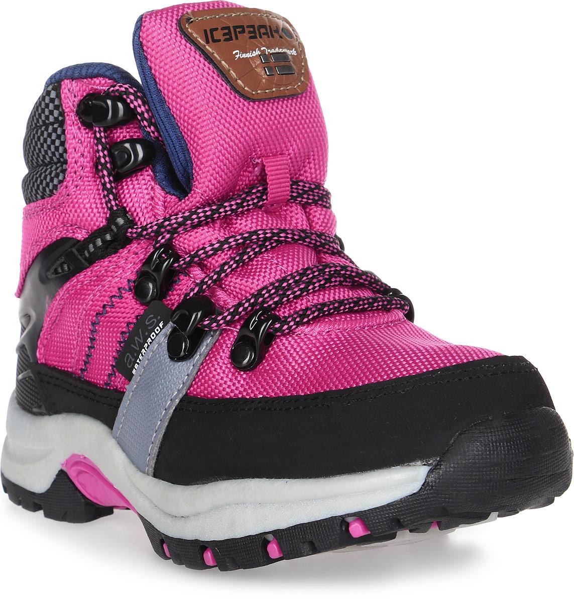 Ботинки для девочки Icepeak, цвет: розовый. 672204100IV. Размер 35 (34)672204100IVБотинки детские Icepeak - современная обувь, при производстве которой задействуются исключительно новые и современные технологии. Их очень удобно носить, детские ножки даже не заметят их тяжести и могут бегать, не смотря ни на что. На зимней прогулке ребенку будет очень удобно. Данная обувь производиться из влагоотталкивающих материалов, таким образом, ножки всегда останутся сухими. Совершенно непромокаемые ботинки хорошо пропускают воздух, поэтому ноги детей не потеют. Обувь отличается новой анти-скользящей подошвой. Модель на шнуровке.