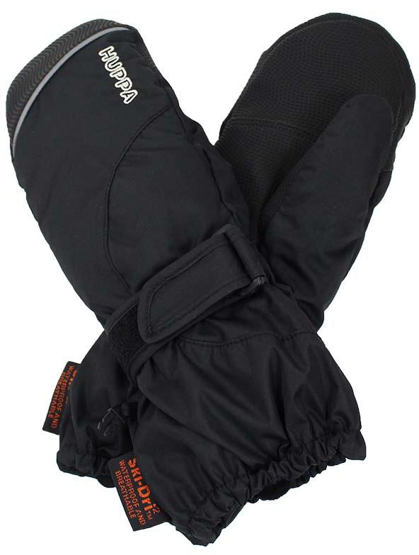 Варежки детские Huppa Maggie, цвет: черный. 8170BASE-00009. Размер 48170BASE-00009Детские варежки Huppa Maggie, изготовленные из высококачественного полиэстера, станут идеальным вариантом, для холодной зимней погоды. Первоклассный мембранный материал и промежуточный слой SKY-DRY с теплой мягкой флисовой подкладки, а также наполнитель из синтепона надежно сохранят тепло и не дадут ручкам вашего малыша замерзнуть.Варежки дополнены удлиненными манжетами, которые помогут предотвратить попадание снега и влаги. На запястьях варежки собраны на эластичные резинки, что обеспечивает комфортную и надежную посадку. Изделие дополнено хлястиками на липучках, которые позволяют регулировать обхват манжет. С внешней стороны варежки оформлены светоотражающим принтом.