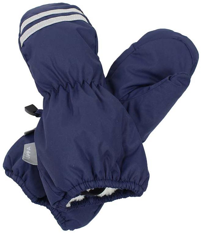 Варежки детские Huppa Roy, цвет: темно-синий. 8110BASE-60086. Размер 48110BASE-60086Детские варежки Huppa Roy, изготовленные из высококачественного полиэстера, станут идеальным вариантом для холодной зимней погоды. Первоклассный мембранный материал с теплой подкладкой Coral-fleece, а также наполнитель из полиэстера надежно сохранят тепло и не дадут ручкам вашего малыша замерзнуть.Варежки дополнены удлиненными манжетами, которые помогут предотвратить попадание снега и влаги. На запястьях варежки собраны на эластичные резинки, что обеспечивает комфортную и надежную посадку. Варежки дополнены длинной эластичной резинкой.