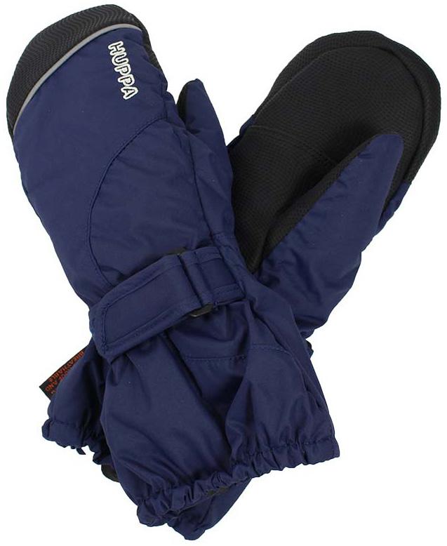 Варежки детские Huppa Maggie, цвет: темно-синий. 8170BASE-60086. Размер 38170BASE-60086Детские варежки Huppa Maggie, изготовленные из высококачественного полиэстера, станут идеальным вариантом, для холодной зимней погоды. Первоклассный мембранный материал и промежуточный слой SKY-DRY с теплой мягкой флисовой подкладки, а также наполнитель из синтепона надежно сохранят тепло и не дадут ручкам вашего малыша замерзнуть.Варежки дополнены удлиненными манжетами, которые помогут предотвратить попадание снега и влаги. На запястьях варежки собраны на эластичные резинки, что обеспечивает комфортную и надежную посадку. Изделие дополнено хлястиками на липучках, которые позволяют регулировать обхват манжет. С внешней стороны варежки оформлены светоотражающим принтом.