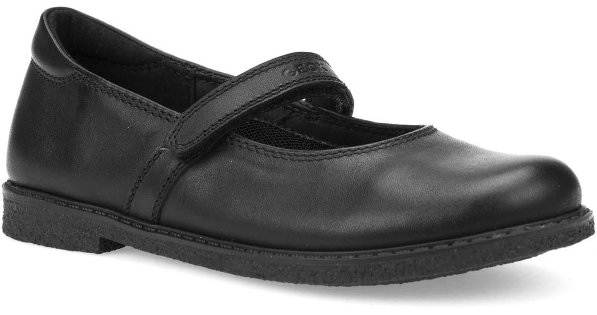 Туфли для девочки Geox, цвет: черный. J744EA00043C9999. Размер 30J744EA00043C9999Туфли от Geox выполнены из комбинированной кожи. Ремешок с застежкой-липучкой надежно зафиксирует модель на ноге. Стелька, изготовленная из натуральной кожи, гарантирует дополнительный комфорт и предотвращает натирание. Подошва оснащена рифлением для лучшей сцепки с поверхностью.