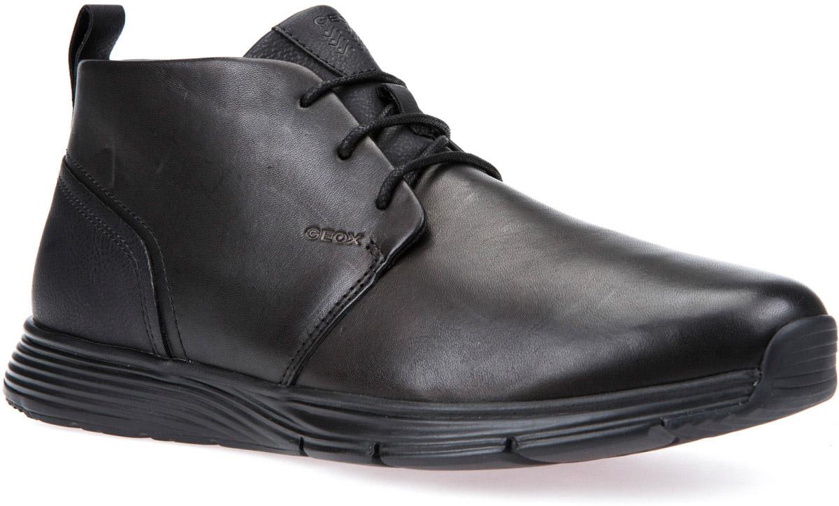 Ботинки мужские Geox, цвет: черный. U742DB043MEC9999. Размер 41U742DB043MEC9999Стильные мужские ботинки Geox покорят вас с первого взгляда! Модель выполнена из комбинированной кожи. Фиксируется модель на ноге при помощи шнуровки. Стелька из текстиля гарантирует комфорт при движении. Подошва с рифлением обеспечивает сцепление с любой поверхностью. Такие ботинки станут идеальным вариантом для ежедневного использования.