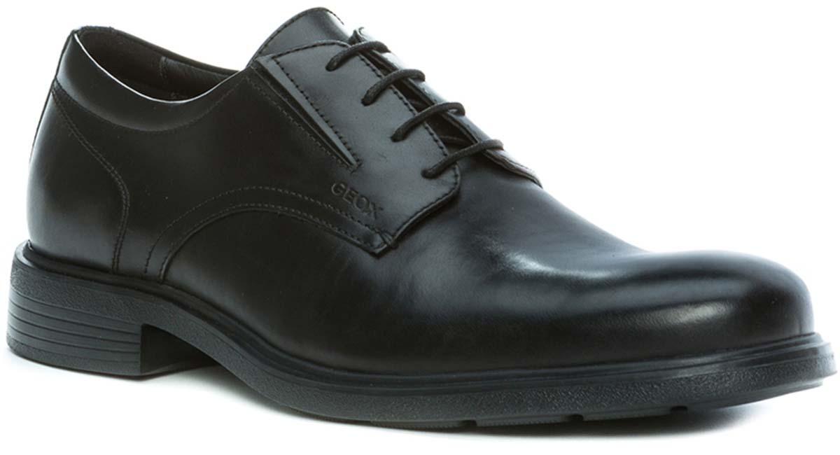 Туфли мужские Geox, цвет: черный. U34R2A00043C9999. Размер 44U34R2A00043C9999Туфли мужские от Geox выполнены из комбинированной кожи. Классическая шнуровка надежно зафиксирует модель на ноге. Стелька, изготовленная из натуральной кожи, гарантирует дополнительный комфорт и предотвращает натирание. Подошва оснащена рифлением для лучшей сцепки с поверхностью.