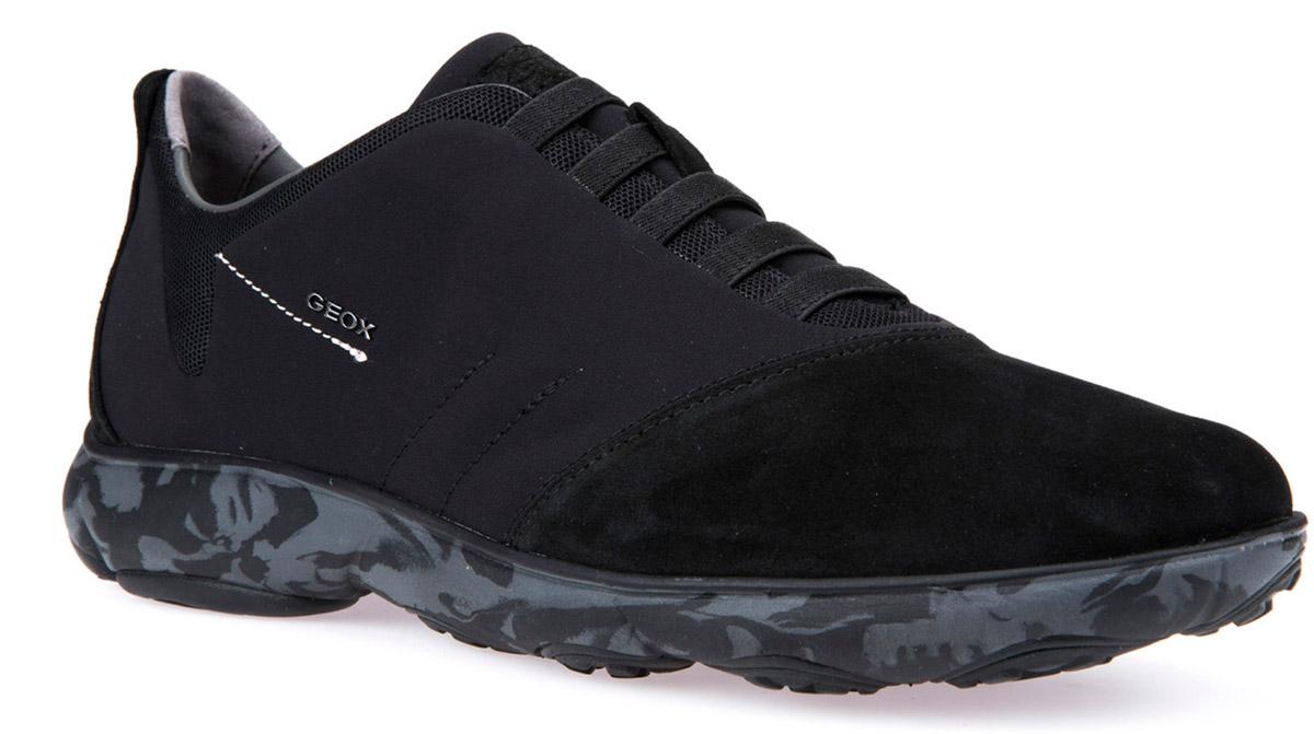 Кроссовки мужские Geox, цвет: черный. U62D7F01122C9999. Размер 41U62D7F01122C9999Кроссовки мужские от Geox выполнены из натуральной кожи и текстиля. Стелька из натуральной кожи гарантирует комфорт при движении. Эластичная шнуровка надежно зафиксирует модель на ноге. Подошва оснащена рифлением для лучшей сцепки с поверхностями.