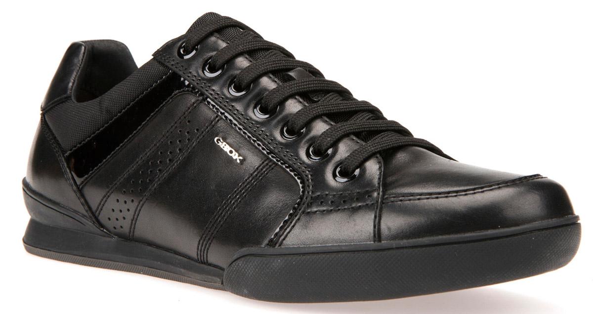 Кроссовки мужские Geox, цвет: черный. U620EA00043C9999. Размер 43U620EA00043C9999Кроссовки мужские от Geox выполнены из комбинированной кожи и дополнены прострочкой. Стелька из текстиля гарантирует комфорт при движении. Классическая шнуровка надежно зафиксирует модель на ноге. Подошва оснащена рифлением для лучшей сцепки с поверхностями.
