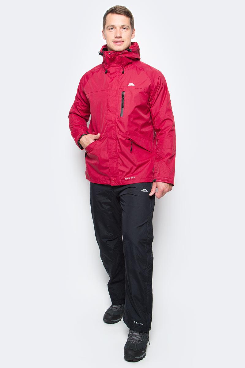Ветровка мужская Trespass Corvo_Jacket, цвет: красный. MAJKRAF20008. Размер S (48)MAJKRAF20008Великолепная мужская куртка из мембранного материала с показателями водонепроницаемости 5000мм, дышимости 5000г/м2/24ч для занятия спортом. Модель с капюшоном застегивается на молнию и защитную планку с кнопками. Спереди имеются 2 прорезных кармана.