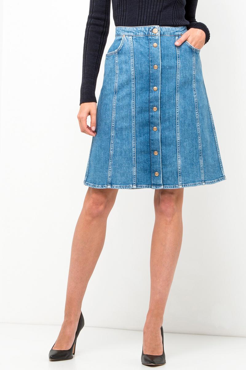 Юбка Lee, цвет: синий. L38LAPZN. Размер 27 (42/44)L38LAPZNСтильная юбка Lee выполнена из хлопка с небольшим добавлением эластана. Модель средней длины застегивается на пуговицы и оформлена прострочкой. Изделие дополнено двумя втачными карманами спереди.