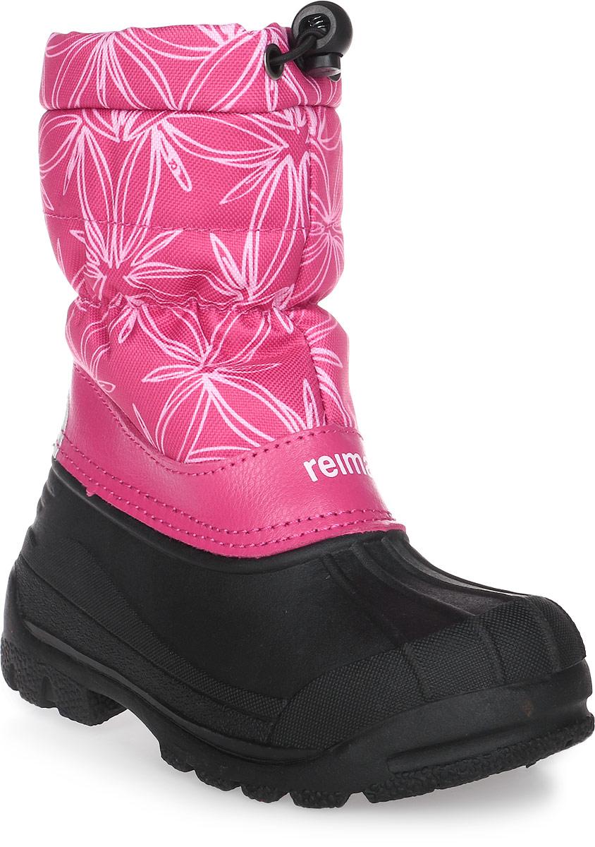 Сапоги детские Reima Nefar, цвет: розовый, белый, черный. 5693243569. Размер 335693243569Детские сапоги для снежной погоды Reima Nefar с подошвой из термапластичного каучука - очень популярная и надежная зимняя обувь. Сапоги утепленными голенищами великолепно подходят как для игр в снегу, так и для слякотных дождливых дней, потому что галошная часть изготовлена из совершенно водонепроницаемого и прочного термопластичного каучука. Обратите внимание, на рифленый узор на внешней стороне подошвы спереди каблука: это поможет предотвратить изнашивание штрипок комбинезонов и брюк. Теплая подкладка из текстиля согреет маленькие ножки во время зимних прогулок по морозу. Сапоги легко и быстро надеваются, имеется блокировка от снега на голенище. Благодаря светоотражающей детали на заднике вы сможете видеть ребенка в темноте.