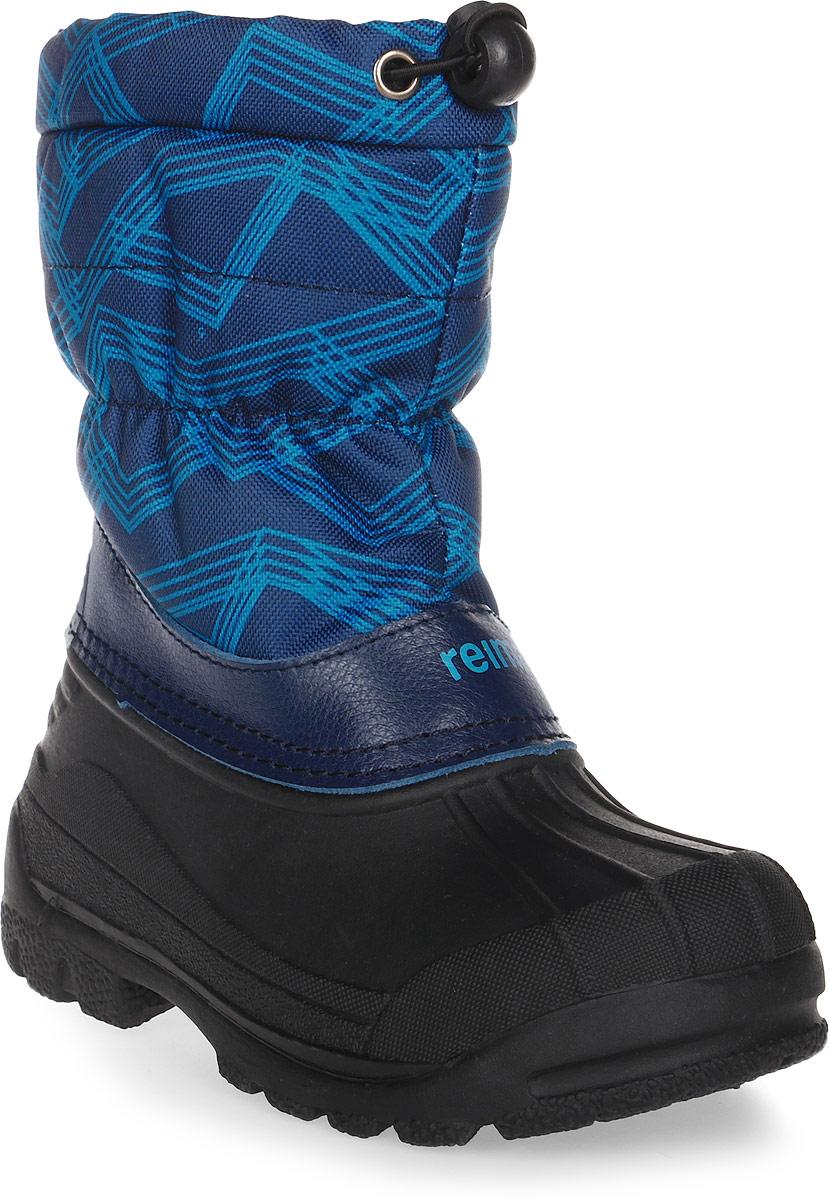Сапоги детские Reima Nefar, цвет: синий, бирюзовый, черный. 5693246493. Размер 335693246493Детские сапоги для снежной погоды Reima Nefar с подошвой из термапластичного каучука - очень популярная и надежная зимняя обувь. Сапоги утепленными голенищами великолепно подходят как для игр в снегу, так и для слякотных дождливых дней, потому что галошная часть изготовлена из совершенно водонепроницаемого и прочного термопластичного каучука. Обратите внимание, на рифленый узор на внешней стороне подошвы спереди каблука: это поможет предотвратить изнашивание штрипок комбинезонов и брюк. Теплая подкладка из текстиля согреет маленькие ножки во время зимних прогулок по морозу. Сапоги легко и быстро надеваются, имеется блокировка от снега на голенище. Благодаря светоотражающей детали на заднике вы сможете видеть ребенка в темноте.