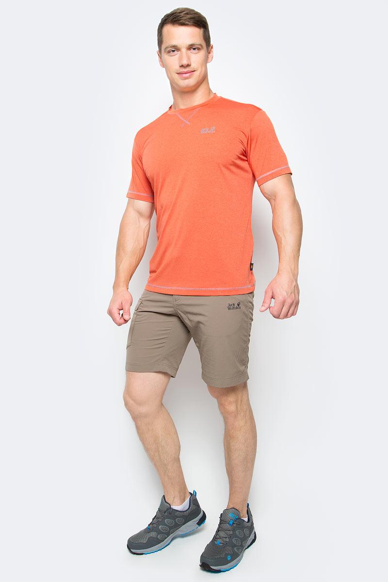 Футболка мужская Jack Wolfskin Crosstrail T M, цвет: оранжевый. 1801671-3727. Размер XL (52)1801671-3727Футболка мужская Crosstrail T M изготовлена из 100% полиэстера. Ткань приятно охлаждает кожу во время интенсивных нагрузок и предотвращает появление неприятного запаха. Когда вы выкладываетесь на все сто процентов во время тренировок или походов, ваша футболка активна - она быстро отводит влагу наружу и неизменно обеспечивает ощущение сухости при носке. Модель имеет круглый вырез горловины и короткие стандартные рукава. Футболка дополнена логотипом бренда.