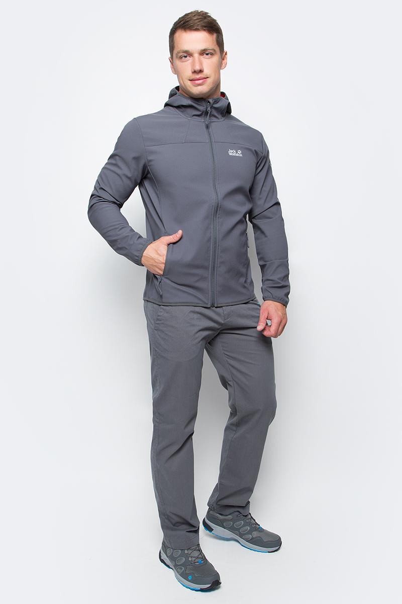 Куртка мужская Jack Wolfskin Northern Point, цвет: серый. 1304001-6116. Размер M (46)1304001-6116Куртка мужская Northern Point изготовлена из 100% полиэстера. Ткань дышащая, водонепроницаемая и непродуваемая. Модель застегивается на молнию, имеет длинные стандартные рукава с манжетами на резинке и воротник-стойку с капюшоном. По бокам расположены карманы на молнии.