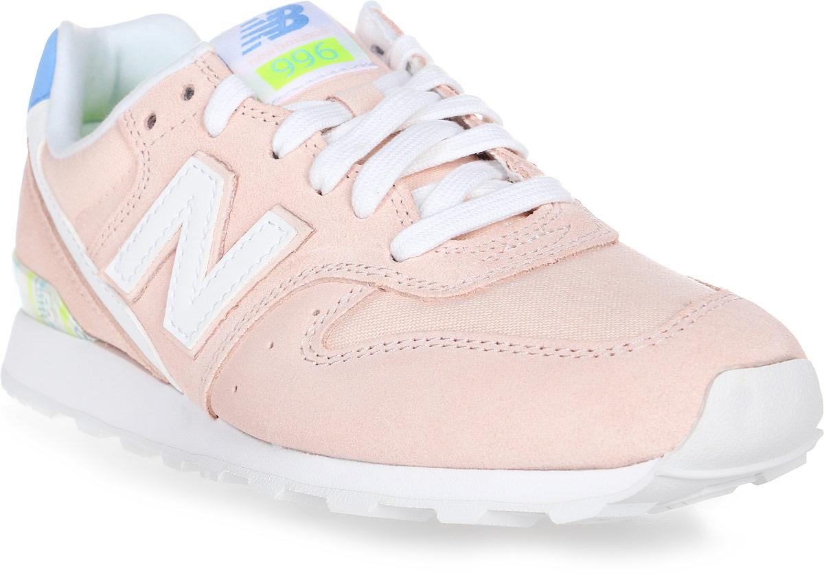 Кроссовки женские New Balance 996, цвет: розовый. WR996OSB/D. Размер 6 (36,5)WR996OSB/DСтильные женские кроссовки от New Balance 996 сочетают в себе стремительный беговой дизайн и в то же время элементы ретро-стиля. Верх модели выполнен из натуральной замши со вставками из текстиля. По бокам обувь оформлена декоративными элементами в виде фирменного логотипа бренда, на язычке - фирменной нашивкой. Классическая шнуровка надежно зафиксирует изделие на ноге. Подкладка и стелька, изготовленные из текстиля, гарантируют уют и предотвращают натирание. Удобные кроссовки займут достойное место среди коллекции вашей обуви.