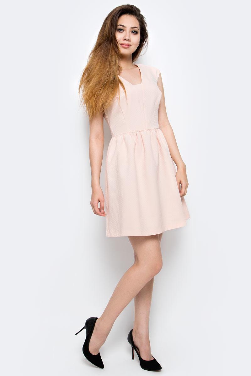 Платье Milton, цвет: бежевый. WD-2425V. Размер 46WD-2425VПлатье полуприлегающего силуэта, без рукавов, со спущенной линией плеча, отрезное по линии талии. Юбка расклешенная, со складками от талии.