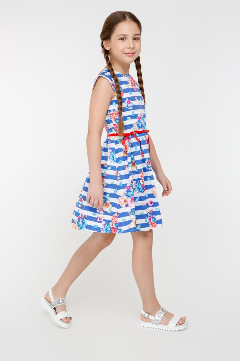 Платье для девочки Overmoon Juli, цвет: синий. 21210200008_500. Размер 15221210200008_500Стильное платье для девочки Juli выполнено из 100% хлопка. Модель без рукавов имеет удлиненную линию плеча, пышную юбку в складку и круглый вырез горловины. На спинке расположена застежка-молния. Платье дополнено принтом в полоску и цветочным рисунком, также предусмотрен пояс-ленточка.