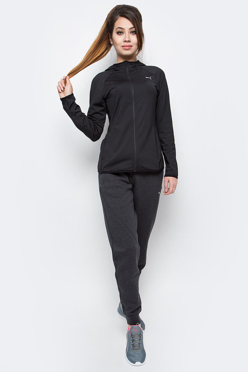 Брюки спортивные женские Puma Yogini Pant, цвет: серый. 51451402. Размер XS (42)514514_02Спортивные брюки изготовлены с использованием высокофункциональной технологии warmCell, которая благодаря дышащим свойствам материала удерживает тепло и сохраняет оптимальную температуру вашего тела даже в холодную погоду. Два боковых кармана позволяют поместить в них ваши ценные вещи. Широкий пояс с кулиской и продернутым через нее затягивающимся шнуром обеспечивает комфорт и позволяет подогнать изделие по фигуре. Свободный крой не стесняет движений, а манжеты на штанинах добавляют модели аккуратности .