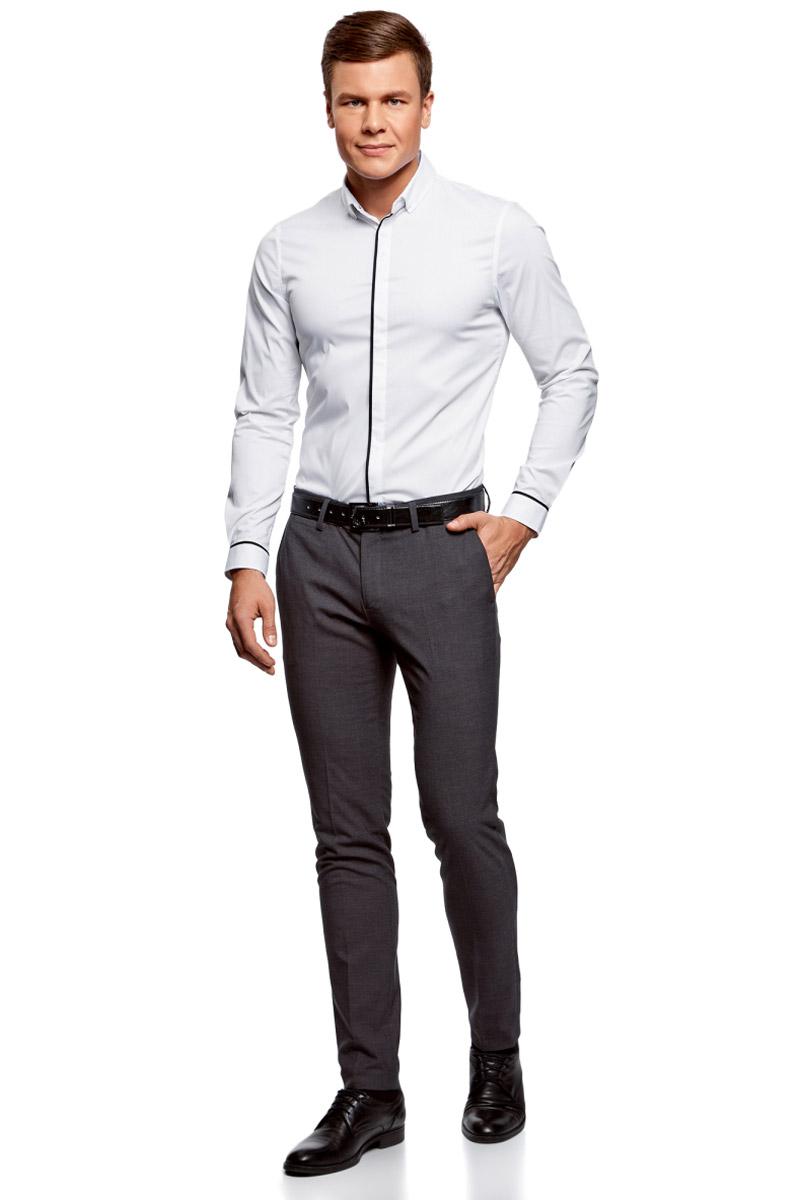 Рубашка мужская oodji Basic, цвет: белый, черный. 3B140005M/34146N/1029B. Размер 42-182 (52-182)3B140005M/34146N/1029BМужская рубашка oodji с длинными рукавами изготовлена из качественной смесовой ткани. Рубашка застегивается на пуговицы в планке, манжеты рукавов дополнены застежками-пуговицами.