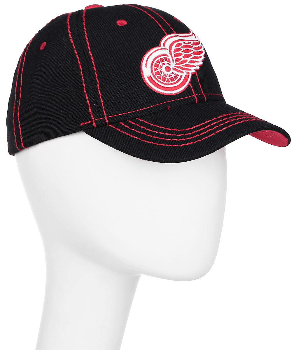 Бейсболка NHL Detroir Red Wings, цвет: черный, красный. 29004. Размер L/XL (55/58)29004Практичная и удобная бейсболка NHL Detroir Red Wings, выполненная из высококачественного хлопка, идеально подойдет для активного отдыха и обеспечит надежную защиту головы от солнца. Бейсболка дополнена широким твердым козырьком и оформлена контрастной прострочкой, и вышивкой в виде эмблемы профессионального хоккейного клуба Detroir Red Wings. Кепка имеет перфорацию, обеспечивающую необходимую вентиляцию. Объем изделия регулируется хлястиком на липучке. Такая бейсболка станет отличным аксессуаром для занятий спортом или дополнит ваш повседневный образ.