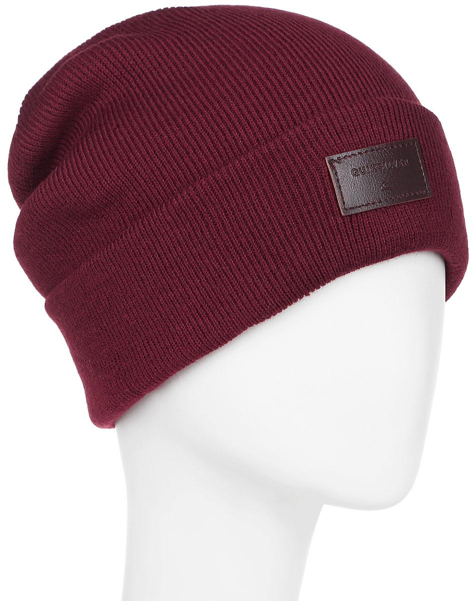 Шапка мужская Quiksilver Brigade, цвет: бордовый. EQYHA03038-RZG0. Размер универсальныйEQYHA03038-RZG0Мужская шапка выполнена из высококачественного акрила. Оформлена отворотом и нашивкой из кожзама.