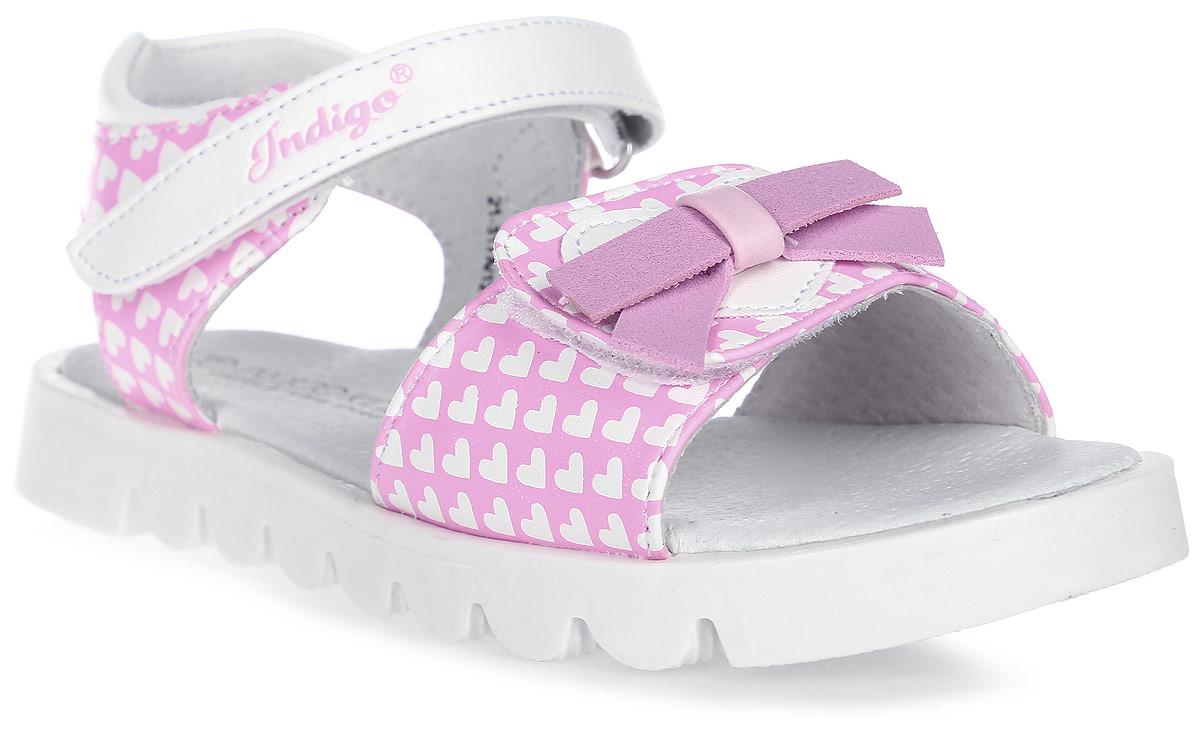 Сандалии для девочки Indigo Kids, цвет: розовый. 21-317A/12. Размер 3321-317A/12Модные сандалии от Indigo Kids очень удобны и невероятно легки, они придутся по душе вашей девочке и идеально подойдут для повседневной носки в летнюю погоду! Модель выполнена из натуральной и искусственной кожи, оформлена ремешком с застежкой на липучке, позволяющей регулировать обхват по размеру. Подошва с рифлением гарантирует отличное сцепление с любой поверхностью.Каждое движение в этой обуви приносит радость и удовольствие.