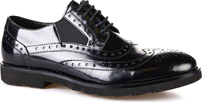 Броги мужские Vitacci, цвет: черный. M113032. Размер 39M113032Мужские броги от Vitacci на квадратном каблуке выполнены из натуральной кожи с перфорацией. На ноге модель фиксируется при помощи шнуровки. Подкладка и стелька из натуральной кожи гарантируют комфорт при носке. Гибкая, мягкая и легкая подошва, выполненная из ТЭП-материала, долговечна и обеспечивает высокую устойчивость к деформациям.