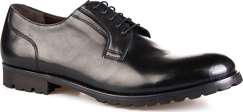 Туфли мужские Vitacci, цвет: черный. M113068. Размер 40M113068Мужские туфли от Vitacci на квадратном каблуке выполнены из натуральной кожи. На ноге модель фиксируется при помощи шнуровки. Подкладка и стелька из натуральной кожи гарантируют комфорт при носке. Гибкая, мягкая и легкая подошва, выполненная из ТЭП-материала, долговечна и обеспечивает высокую устойчивость к деформациям.