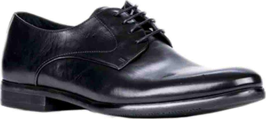 Полуботинки мужские Vitacci, цвет: черный. M21517. Размер 41M21517Мужские полуботинки от Vitacci выполнены из натуральной кожи. На ноге модель фиксируется при помощи шнуровки. Подкладка и стелька из натуральной кожи гарантируют комфорт при носке. Гибкая, мягкая и легкая подошва, выполненная из ТЭП-материала, долговечна и обеспечивает высокую устойчивость к деформациям.