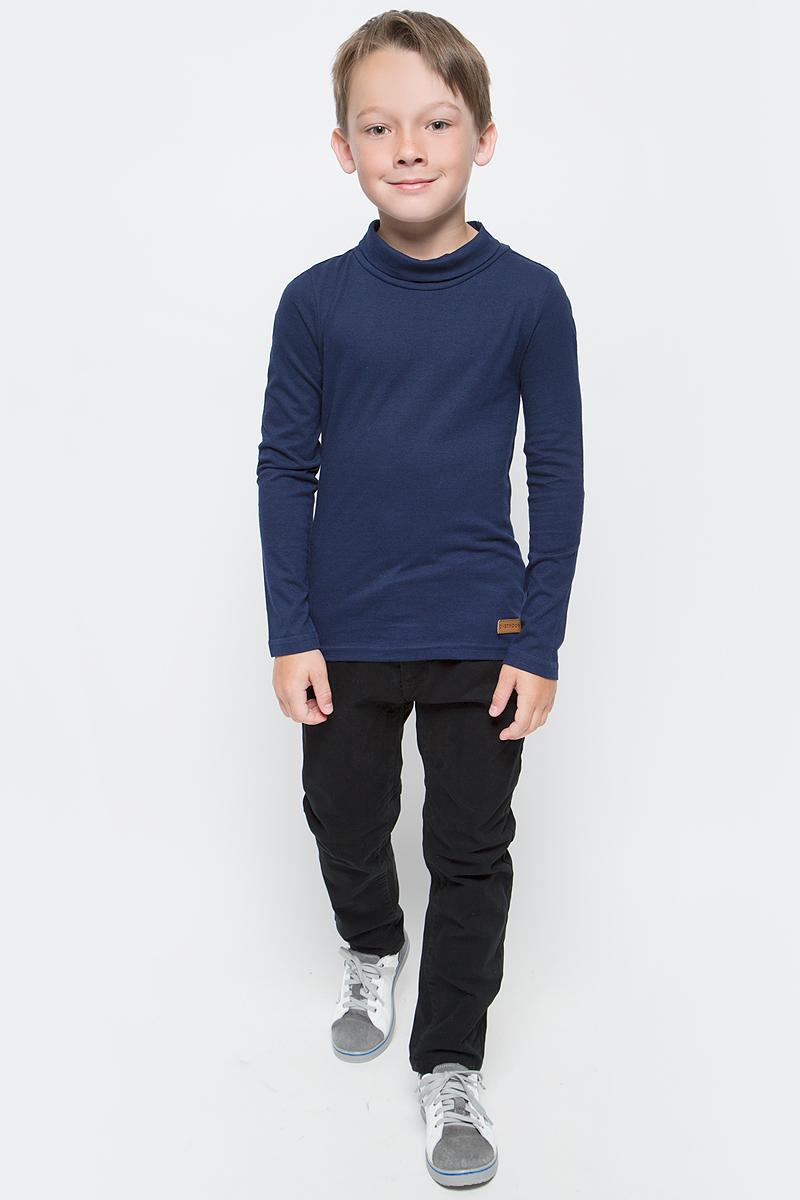 Водолазка для мальчика Overmoon Agon, цвет: темно-синий. 21100320001_600. Размер 17021100320001_600Водолазка для мальчика Overmoon Agon выполнена из высококачественного материала. Модель с воротником-стойкой и длинными рукавами оформлена кожаной нашивкой с логотипом бренда.