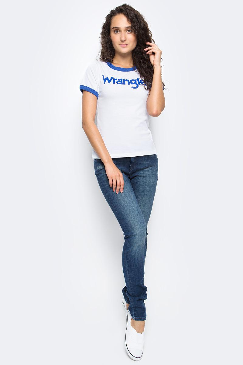 Футболка женская Wrangler, цвет: белый. W7373G212. Размер M (44)W7373G212Футболка Wrangler изготовлена из хлопка и полиэстера. Модель выполнена с круглой горловиной и короткими рукавами, отделанными трикотажем контрастного цвета. На груди изделие оформлено принтовой надписью в виде названия бренда.