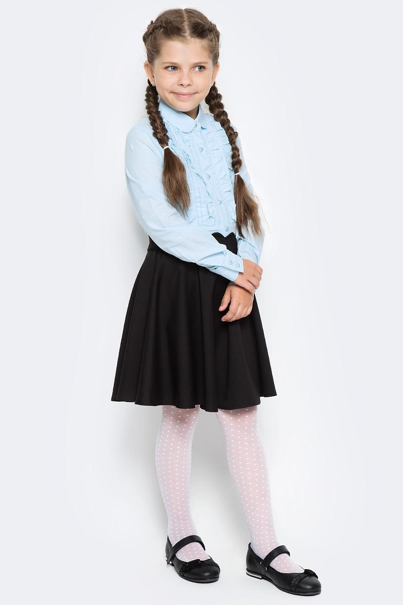 Блузка для девочки Overmoon by Acoola Nube, цвет: голубой. 21200260011_400. Размер 14621200260011_400Блузка для девочки Luhta Nube выполнена из высококачественного материала и декорирована рюшами. Модель приталенного силуэта с отложным воротником и длинными рукавами застегивается на пуговицы.