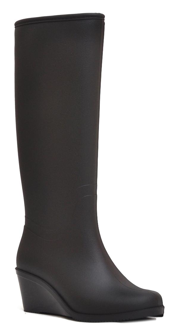 Резиновые сапоги женские Nordman, цвет: черный. ПС 27 МЛ УМ. Размер 36ПС 27 МЛ УМВысокие резиновые женские сапоги Nordman выполнены из водонепроницаемого материала с матовой поверхностью, имитирующей кожу. Подошва на танкетке придает обуви элегантный вид, а благодаря технологии Reliable heel, обеспечивается максимальный комфорт при движении. Изделие дополнено мягким меховым утеплителем.