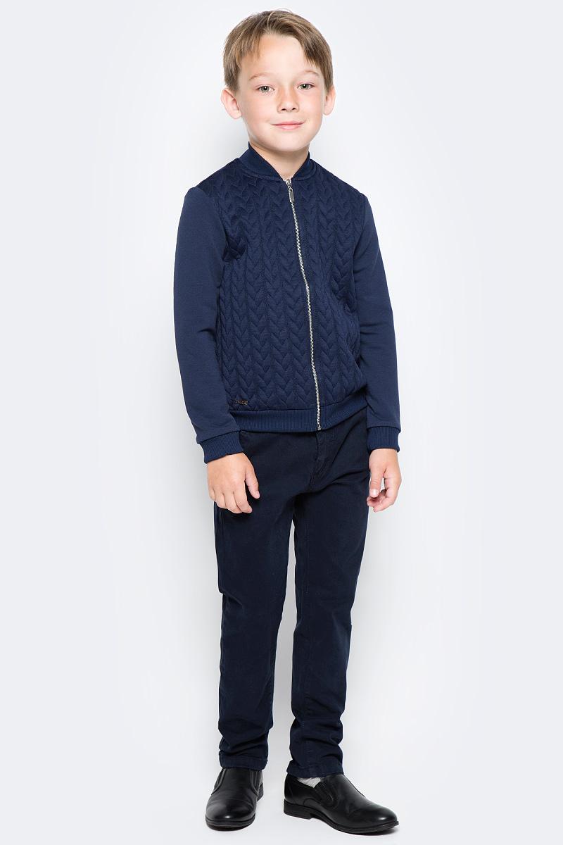 Кофта для мальчика Nota Bene, цвет: темно-синий. CJZ17001A29. Размер 128CJZ17001A29/CJZ17001B29Кофта для мальчика Nota Bene выполнена из хлопкового трикотажа. Модель с длинными рукавами застегивается на молнию.