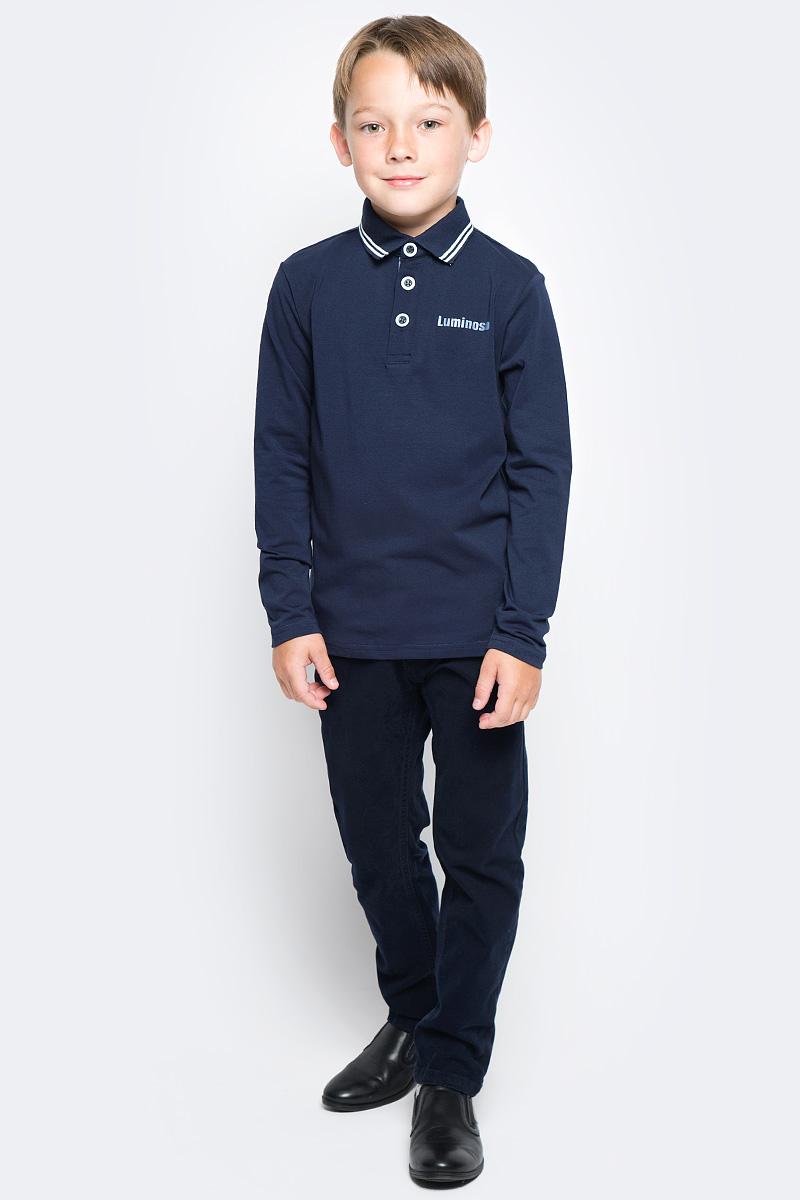 Джемпер для мальчика Luminoso, цвет: темно-синий. 727049. Размер 122727049Джемпер для мальчика Luminoso выполнен из хлопка с добавлением эластана. Модель имеет длинные рукава и отложной воротник с планкой на пуговицах. На груди джемпер украшен надписью Luminoso.