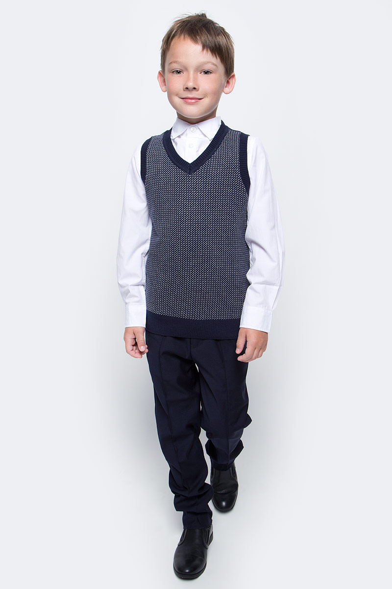 Жилет для мальчика Sela, цвет: синий, белый. Vsw-814/257-7310. Размер 164, 14 летVsw-814/257-7310Уютный жилет для мальчика Sela, выполненный из высококачественного материала, идеально подойдет для школы и повседневной носки. Модель классического кроя с V-образным вырезом горловины позволяет создавать деловые образы в сочетании с рубашками и водолазками. Пройма рукавов, горловина и низ модели связаны резинкой.